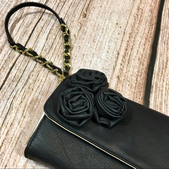 Steve Madden Handbags - STEVE MADDEN Black & Gold Rose Wristlet